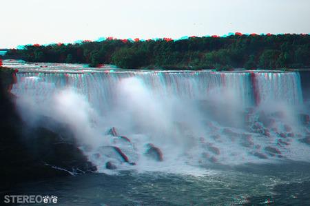 Niagarafall_03_trim_600_cana