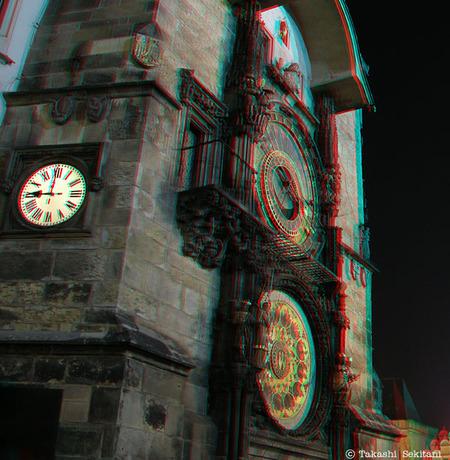 Praha_night9_clock_trim_cana_600