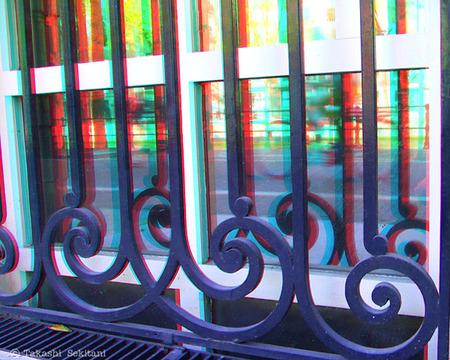 Amsterdam_windowbicycle_1_cana_600