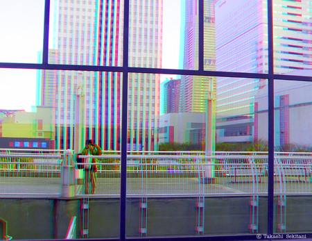 Window_refrection_yokohama_1_cc_can